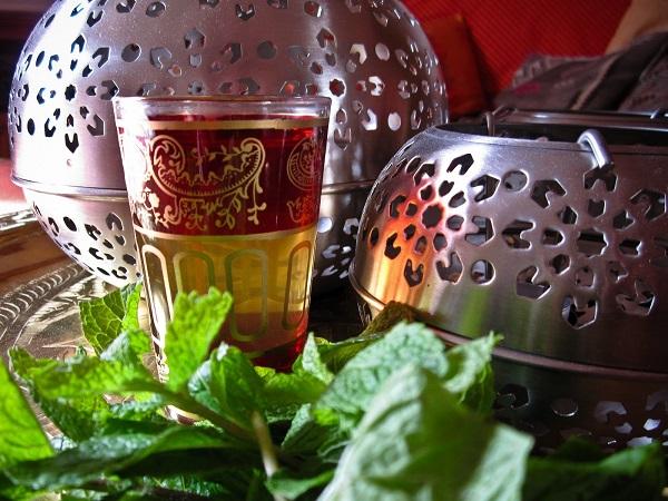 recette du th la menthe marocain recette ramadan. Black Bedroom Furniture Sets. Home Design Ideas