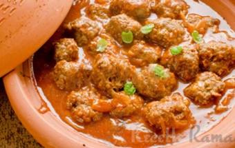 Tajine de boulettes de kefta marocaine