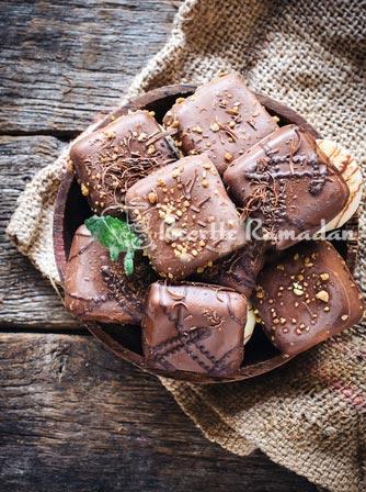 Pâte d'amande enrobé de chocolat