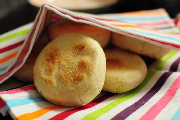 Recette du batbout petit pain marocain recette ramadan - Cuisine de choumicha recette de batbout ...