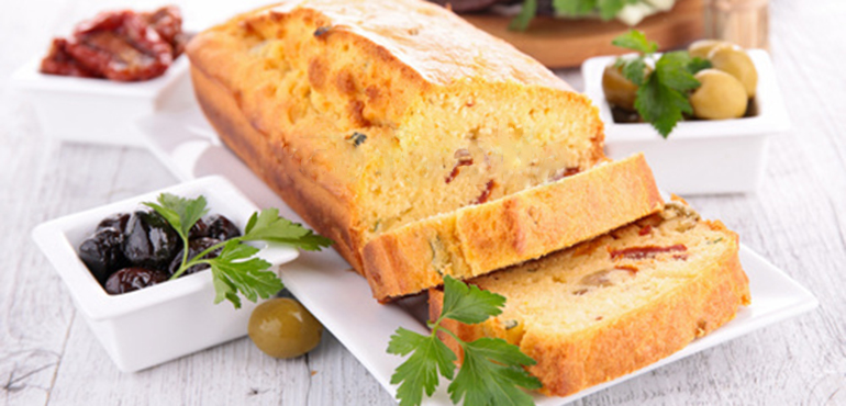 cake sale tomate olive